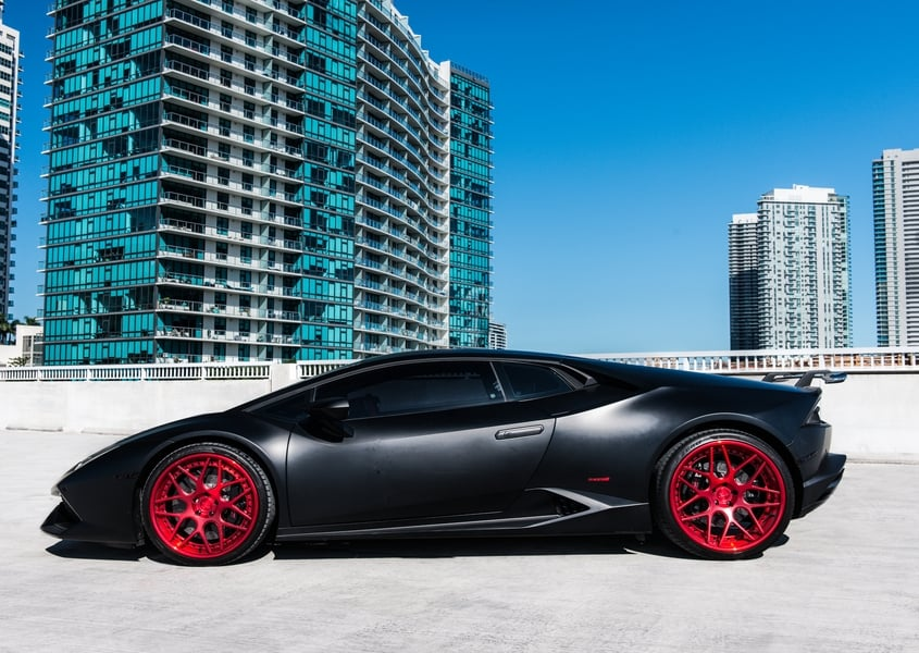 Rent Lambo in South beach