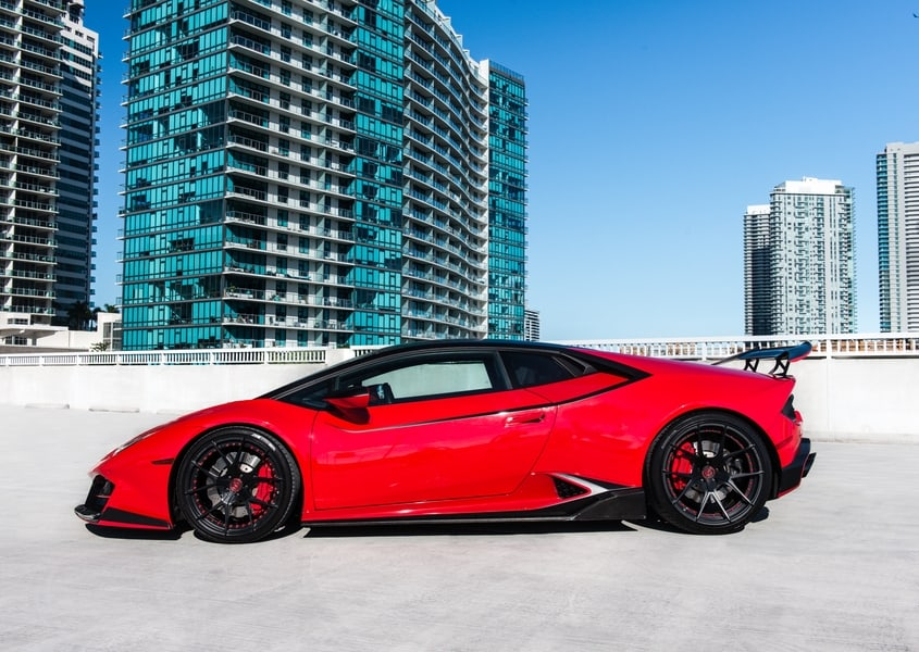 rent lambo huracan in Miami