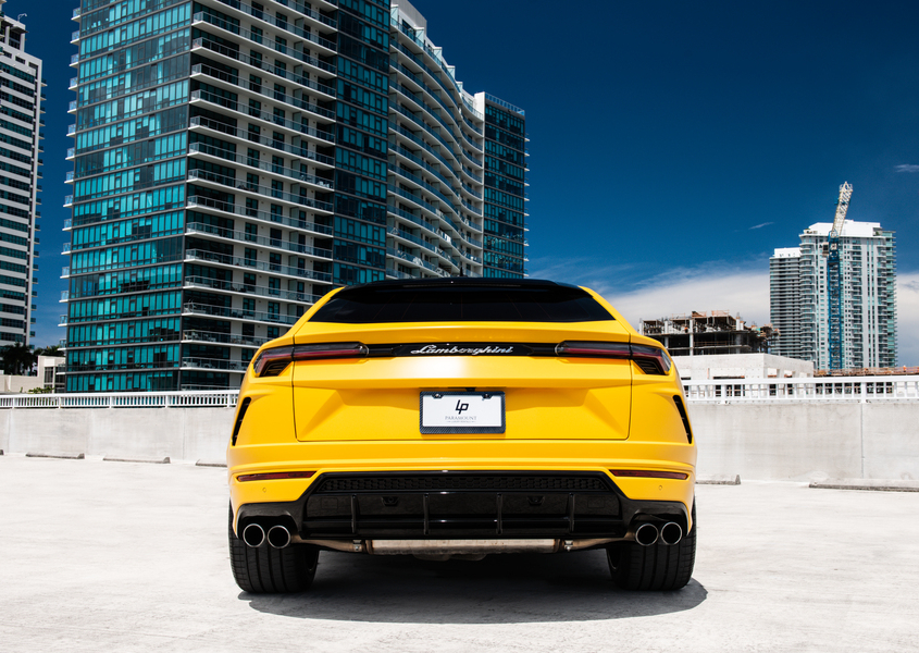 Lamborghini Urus For rent
